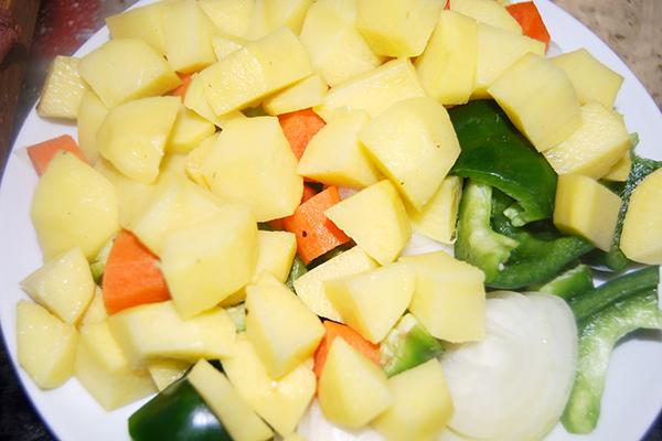 Das kleingeschnittene Gemüse