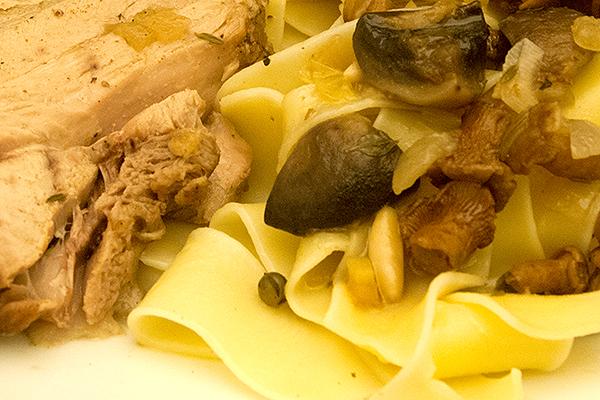 Fleisch, Pasta, Sauce