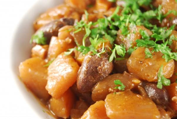 Kartoffeln und Hähnchenherzen