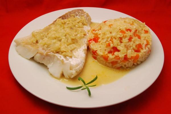 Fisch mit Paprikareis und einem leckeren Sößchen