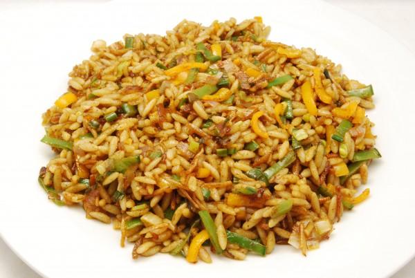 Sieht aus und schmeckt ähnlich wie eine Reispfanne