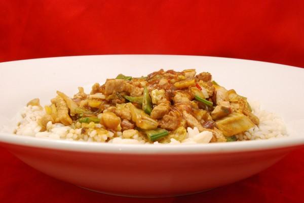 Fleisch mit Gemüse indonesisch