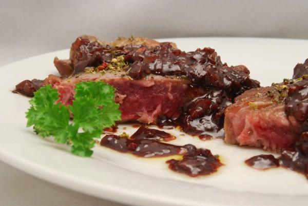 Entrecôte mit reduzierter Rotweinsauce