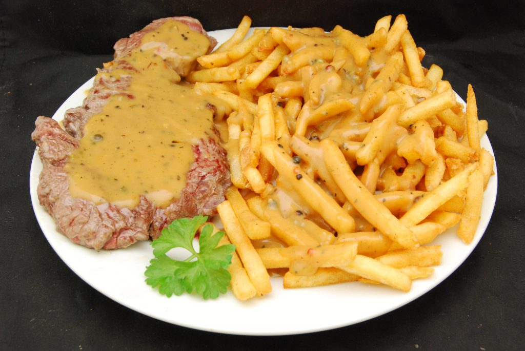 Leckeres Steak mit Pommes frites
