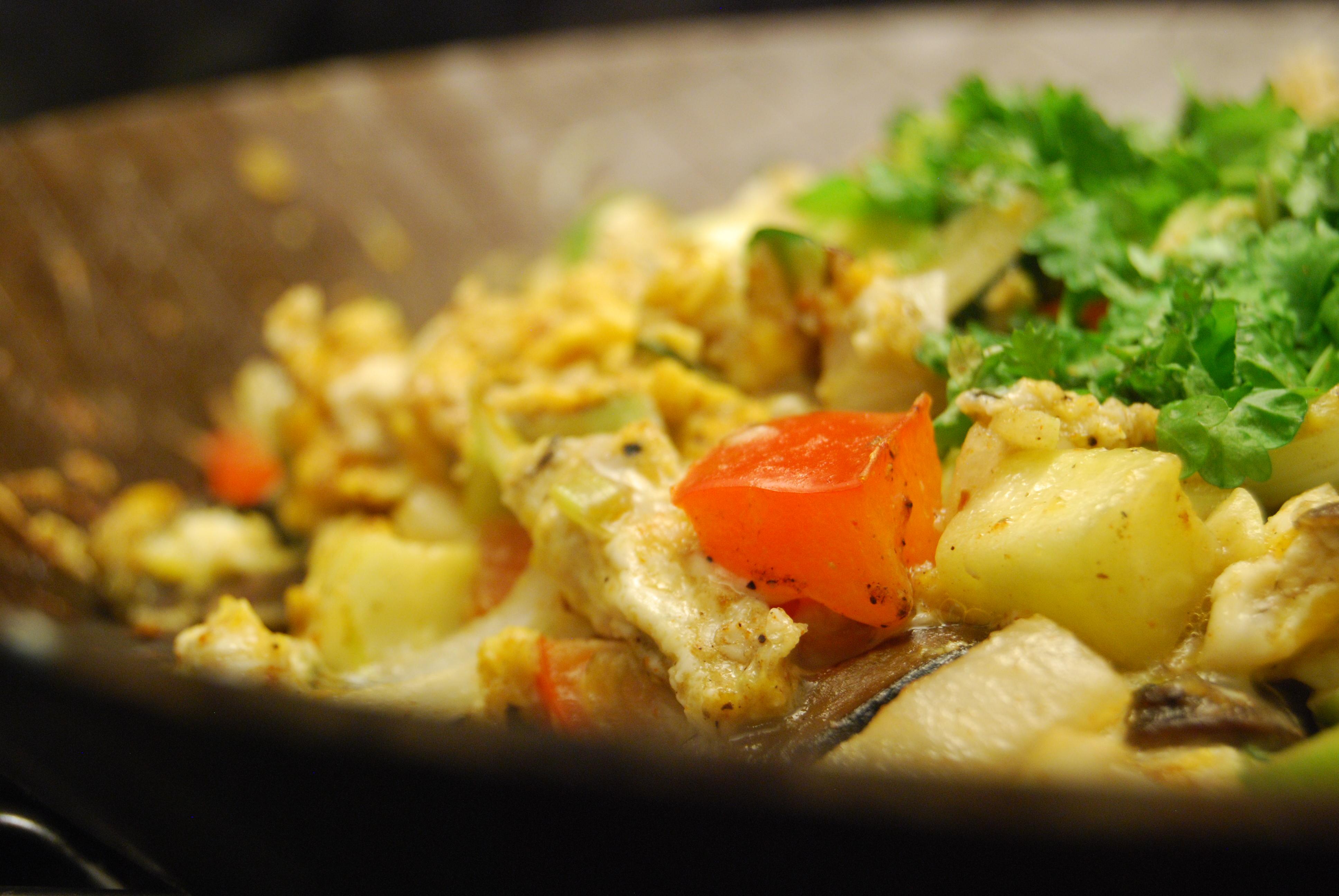 Gemüse-Eier-Pfanne