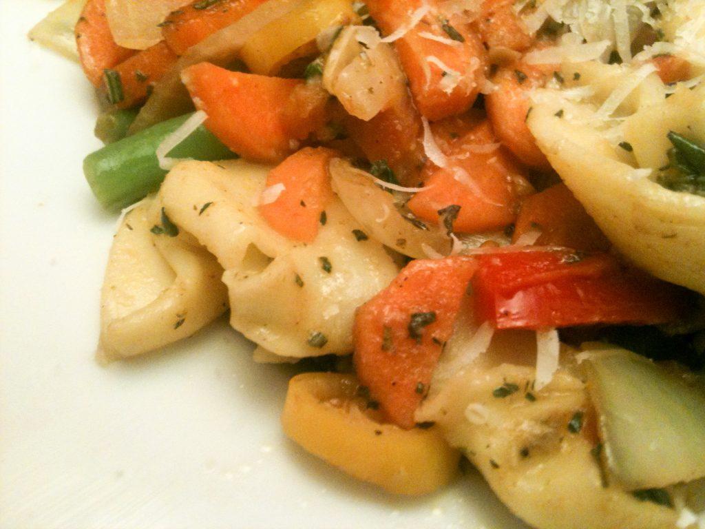 Provençalisches Gemüse-Allerlei mit Tortellini