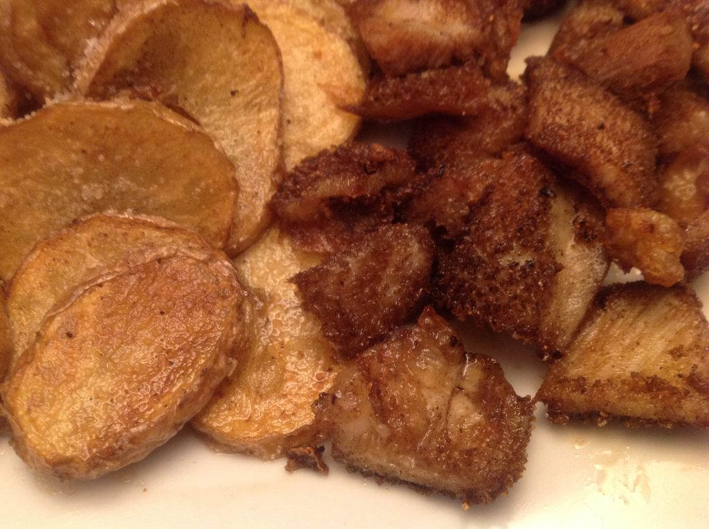Frittierter Pansen mit Bratkartoffeln