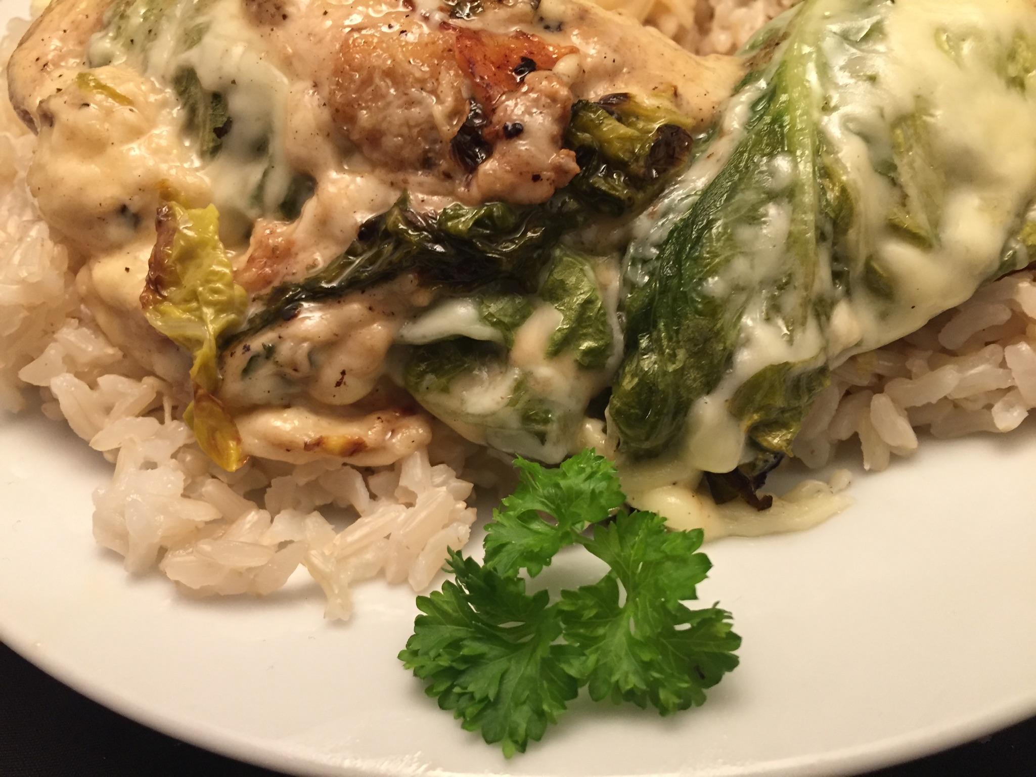 Überbackene Romana-Salate und Jasmin-Reis