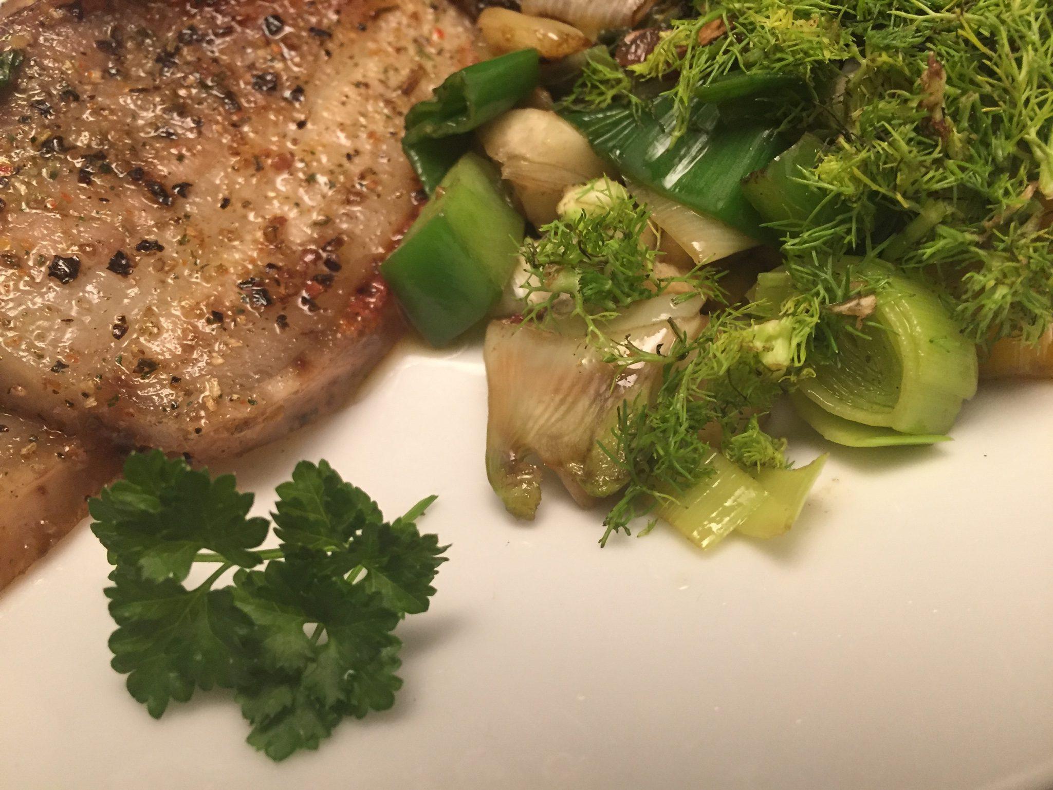Schweinebauch und Brat-Gemüse
