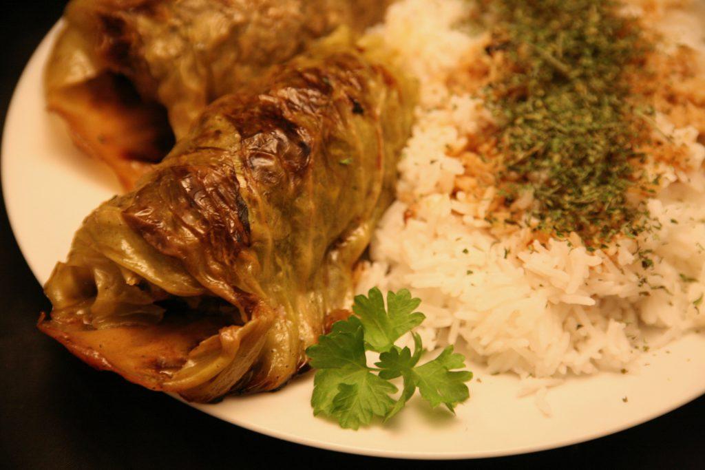 Kohlrouladen mit Basmati-Reis