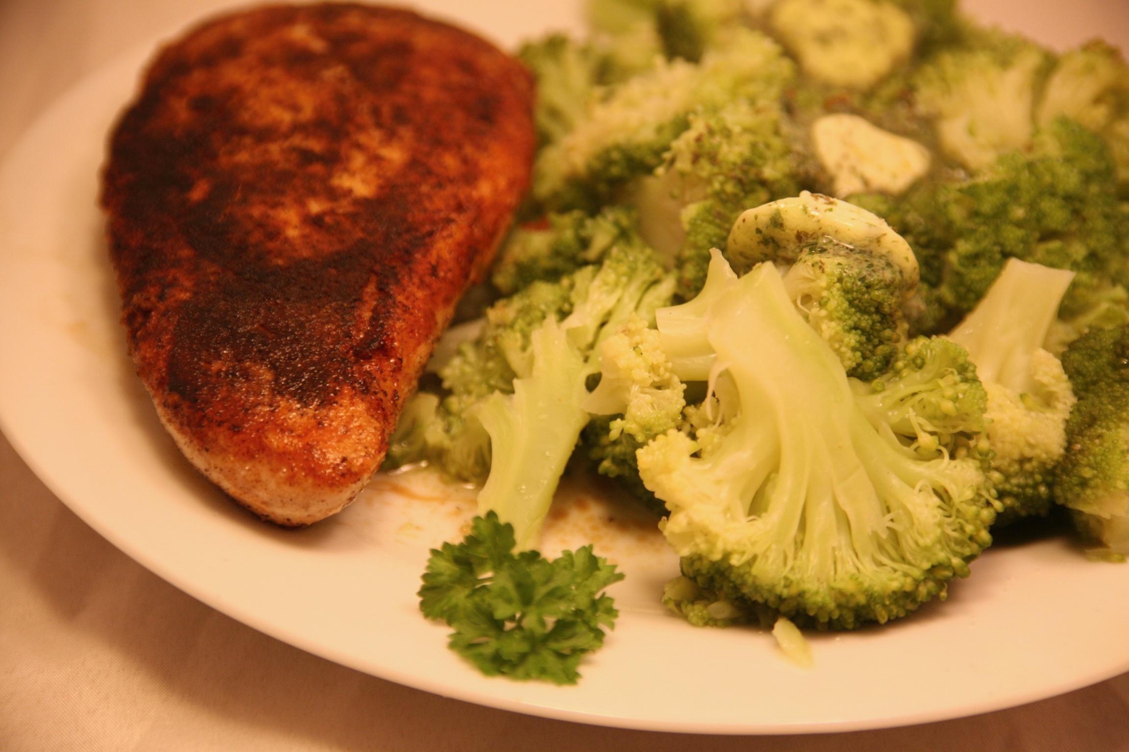 Puten-Steak mit Brokkoli