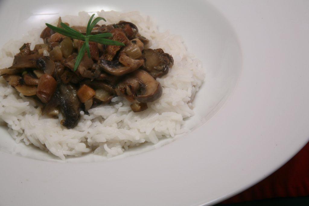 Pilz-Ragout mit Basmati-Reis