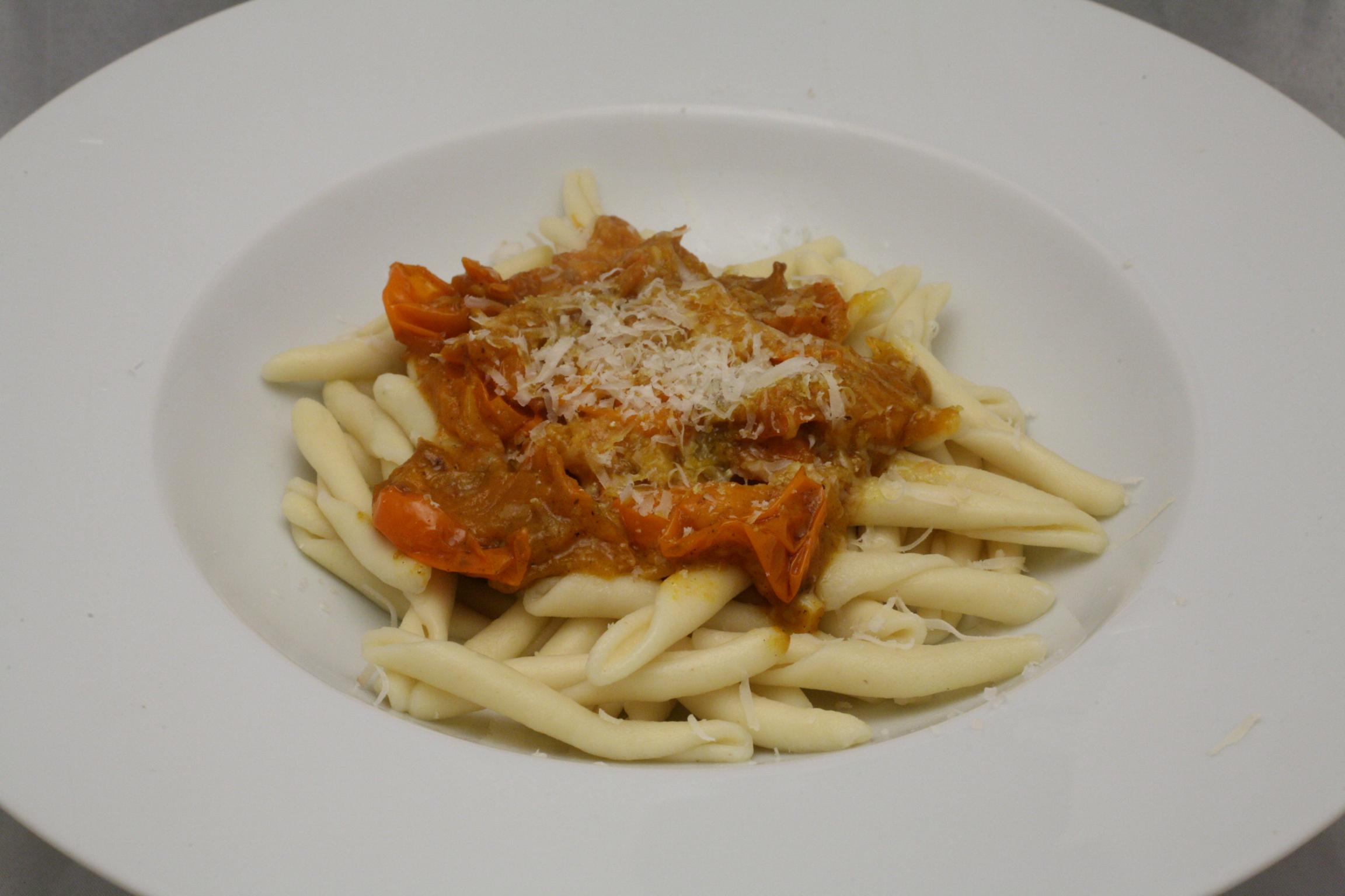 Kirsch-Tomaten mit Calabresi