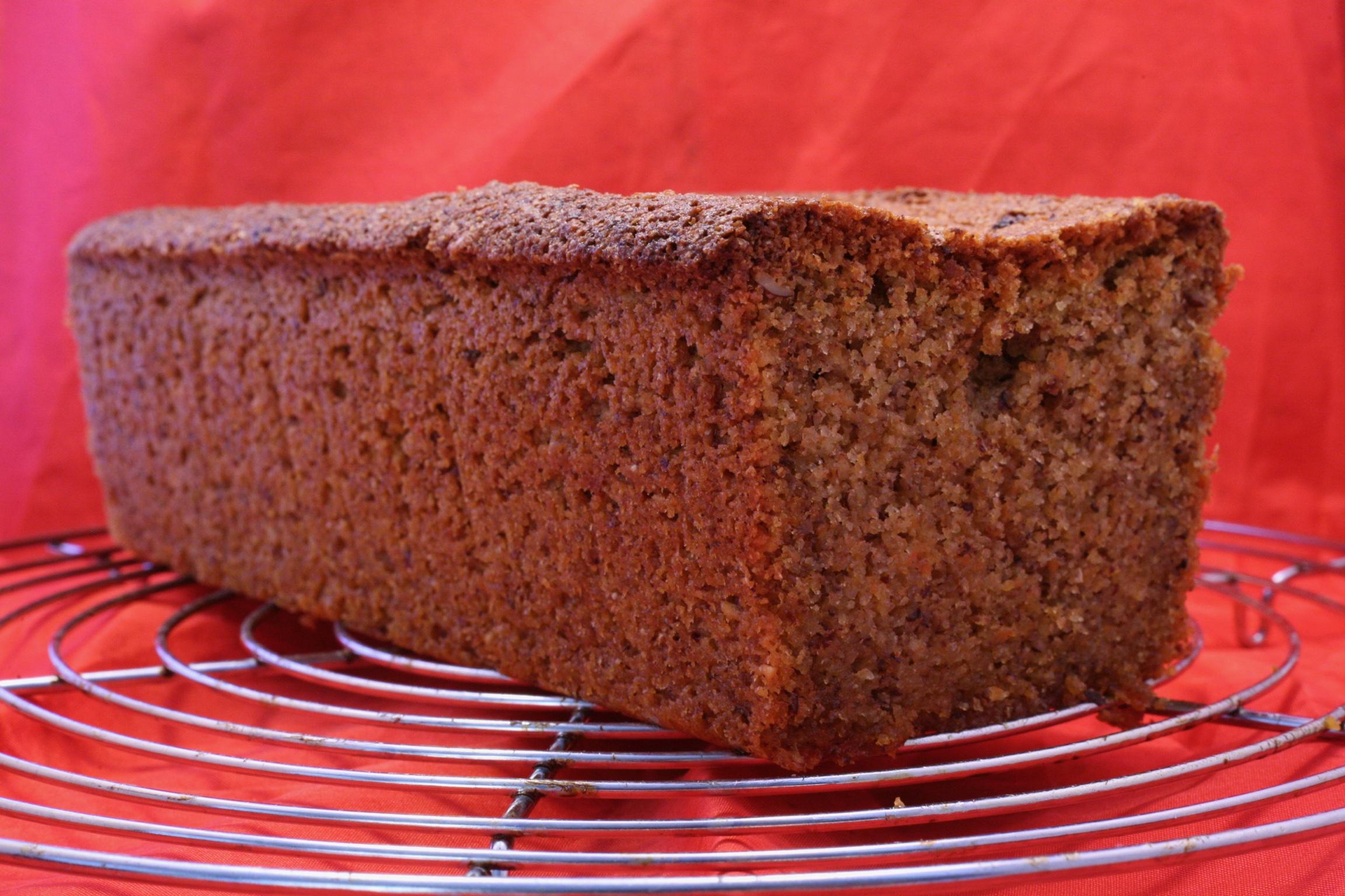 Haselnuss-Wurzel-Kuchen