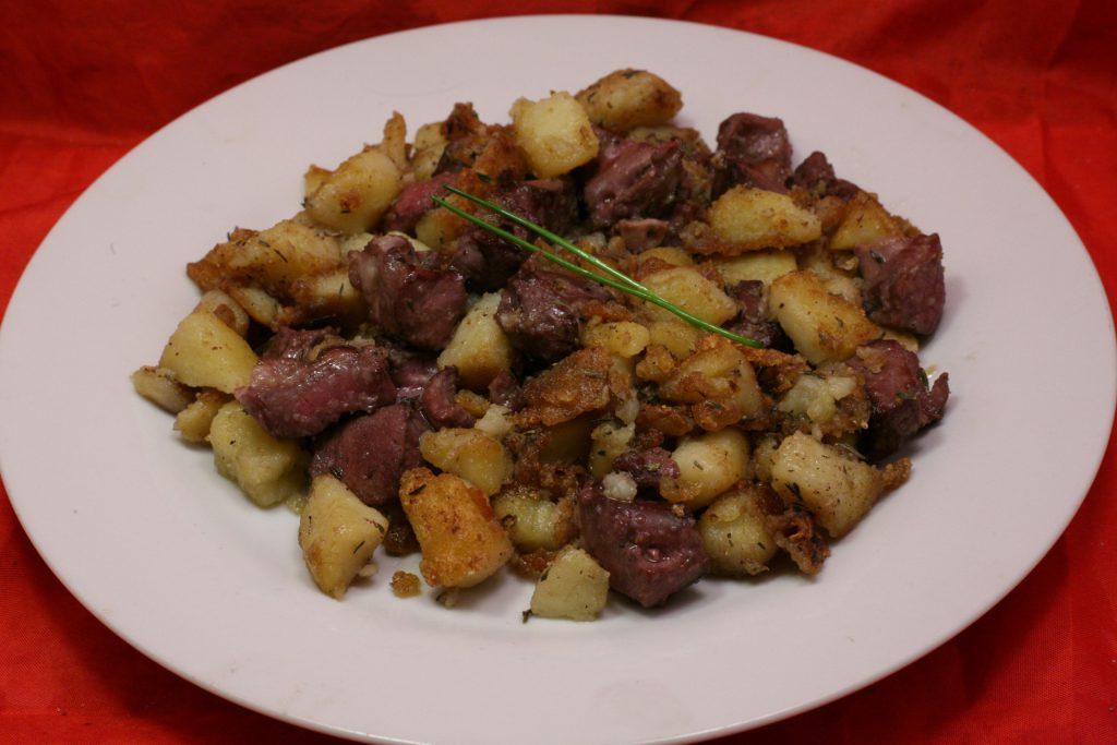 Schweineherz-Kartoffel-Pfanne mit Thymian