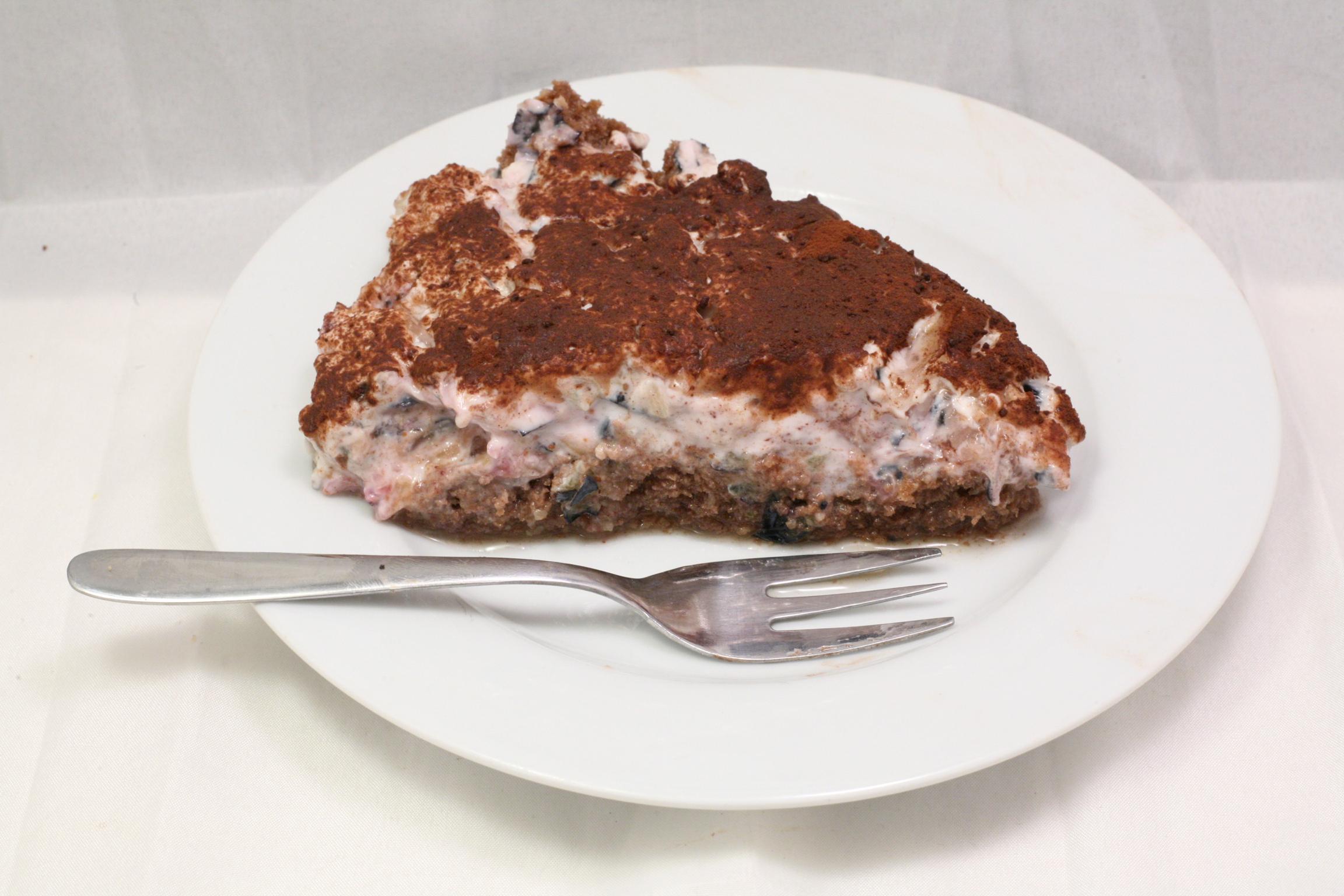 Heidelbeer-Ananas-Joghurt-Torte