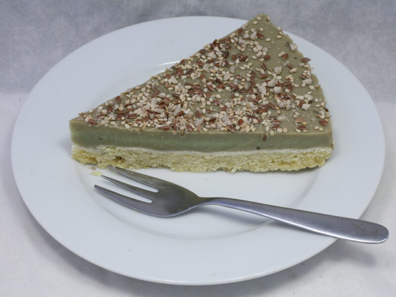 Acocado-Mandelmilch-Torte